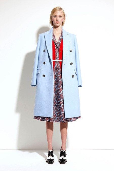 Пальто и костюмы в лукбуке новой коллекции Michael Kors. Изображение № 21.