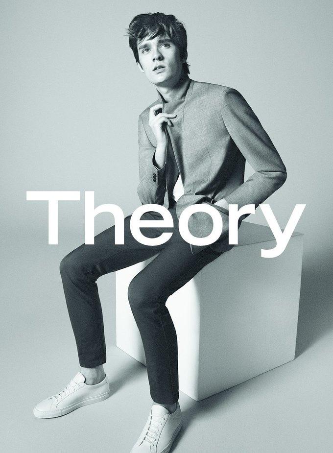 Сын Алена Делона стал лицом новой коллекции Theory. Изображение № 1.