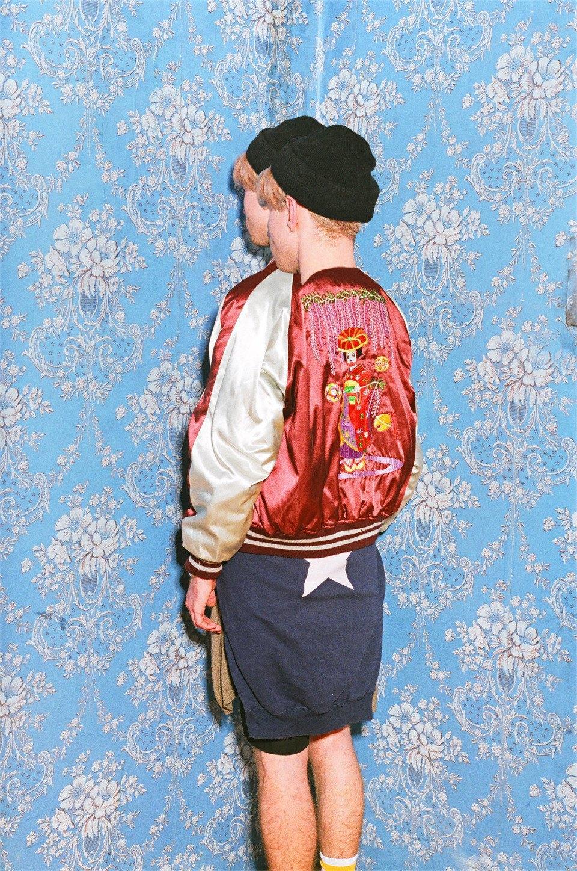 Все лучшее сразу: Московские модники в самой нарядной одежде из своего гардероба. Изображение № 11.