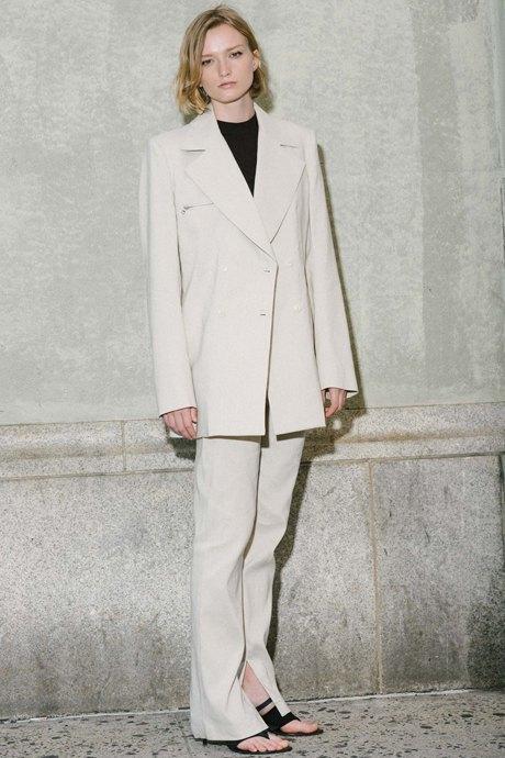 Как одеться в стиле 90-х:  10 актуальных образов. Изображение № 16.