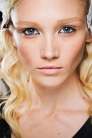 Новые лица: Кейтлин Ломакс. Изображение № 43.