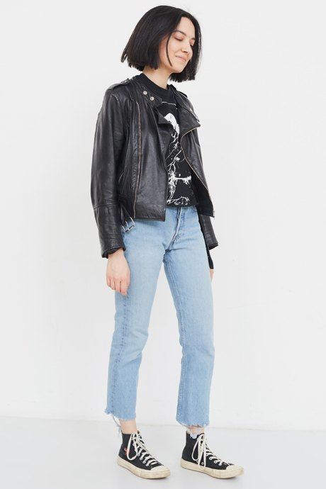 девушки испражняются в джинсы