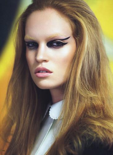 Фантастическая миссис Фокс: 8 моделей с рыжими волосами. Изображение № 53.