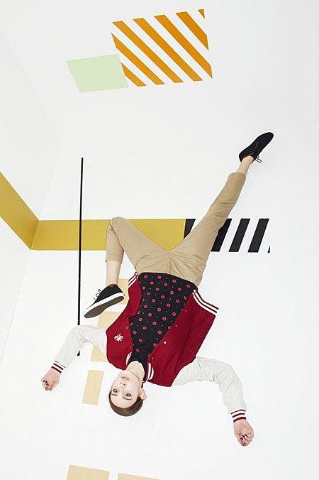 Графичные декорации Алексея Луки в осеннем лукбуке Kixbox. Изображение № 4.