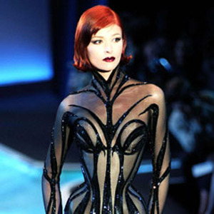 Парижская неделя моды: показы Damir Doma, Dries Van Noten, Rochas, Gareth Pugh и Mugler. Изображение № 52.