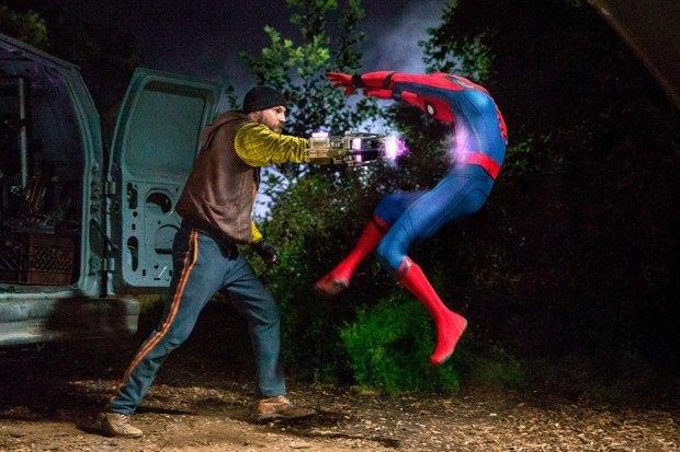 Классный мюзикл: Зачем из «Человека-паука» сделали школьную комедию. Изображение № 5.