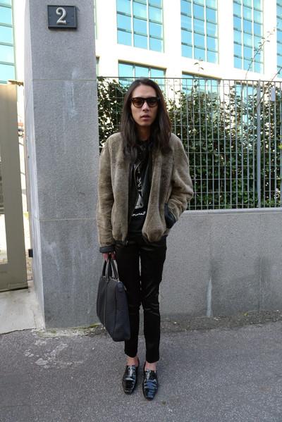 Изображение 22. Milan Fashion Week: день третий – луки.. Изображение № 5.