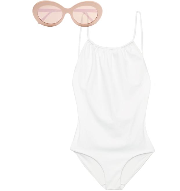 Комбо: Слитный купальник с солнечными очками. Изображение № 2.