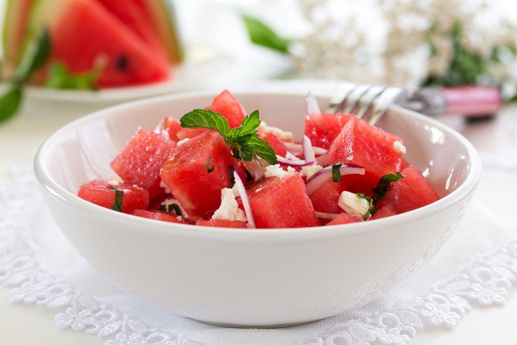 10 легких, но сытных  летних салатов. Изображение № 3.