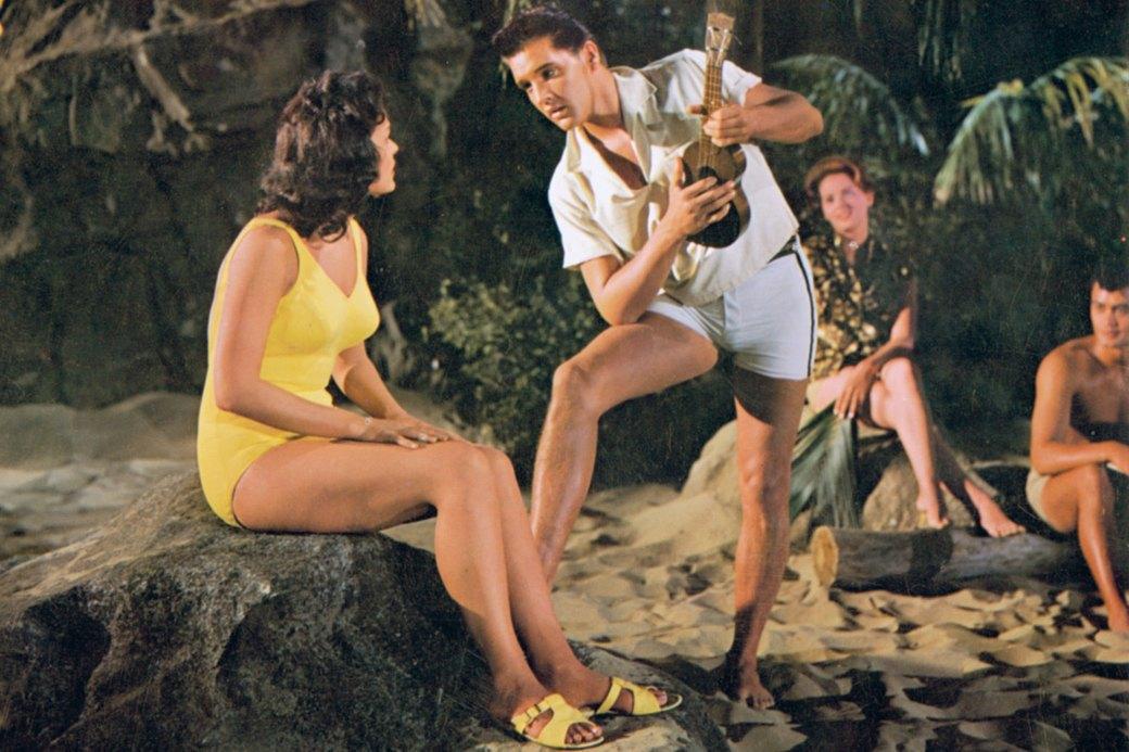 Как менялась пляжная мода: От купальных платьев к бикини  и обратно. Изображение № 3.