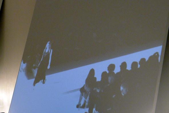 Alberta Ferretti: Бэкстейдж и показ SS 2012. Изображение № 20.