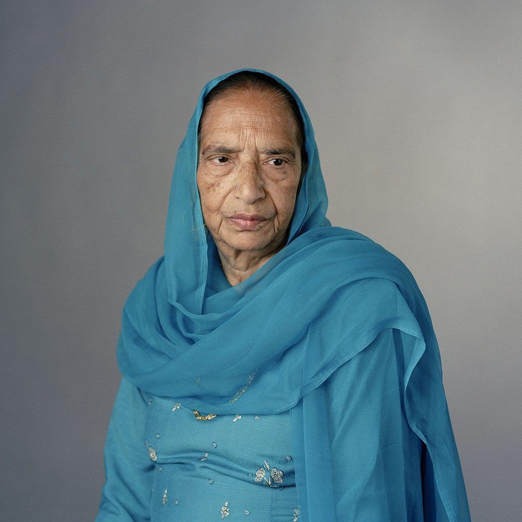«Purdah»:  Женщины о традиции  покрывать голову. Изображение № 8.