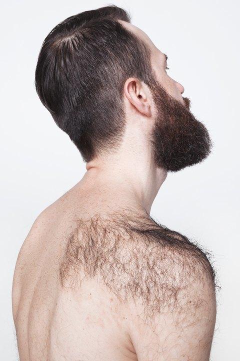Голые и серьёзные:  Мужчины об отношении  к своему телу. Изображение № 16.