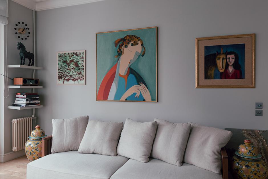 Дизайнер Linen Sky Инга Иванова у себя в гостиной. Изображение № 7.
