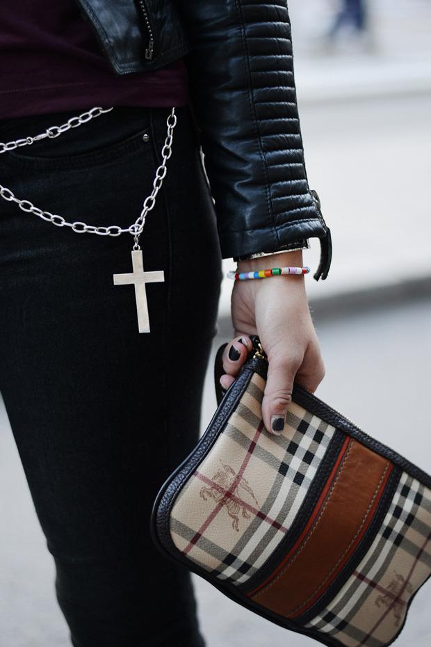Парни в криперах и девушки в шортах на Неделе моды в Стокгольме . Изображение № 34.