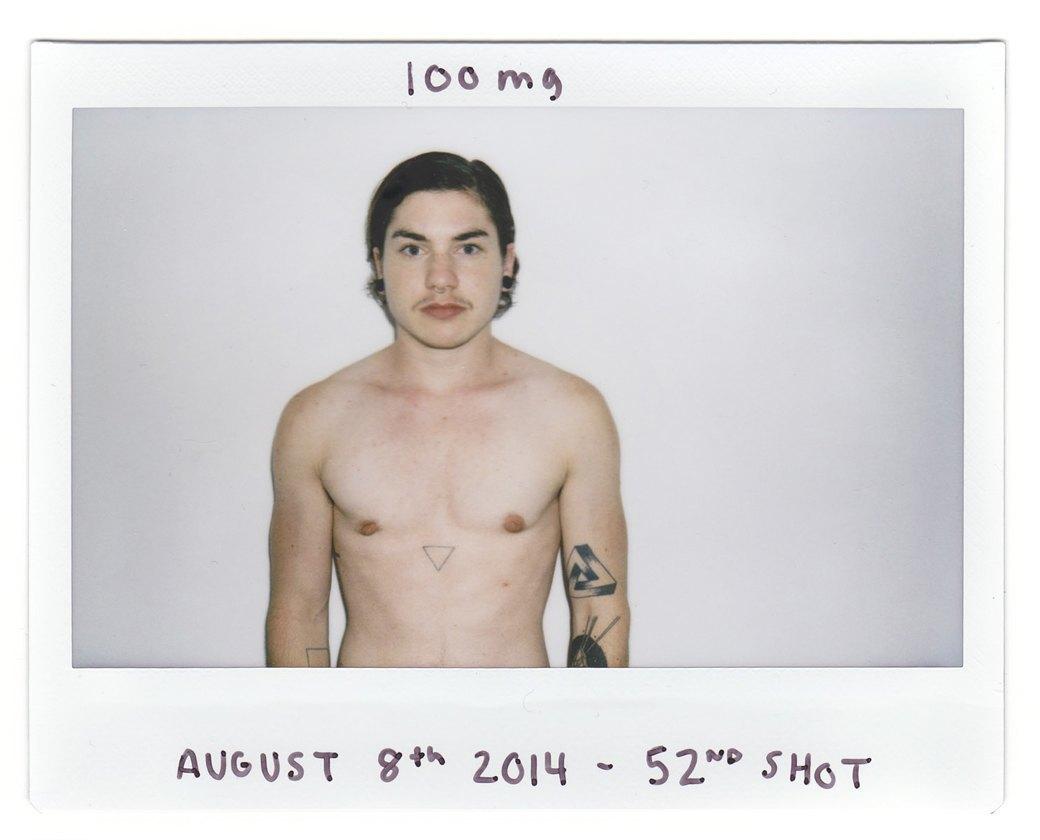 """«Из женщины в """"мужчину""""»:  Процесс трансформации в серии автопортретов. Изображение № 9."""