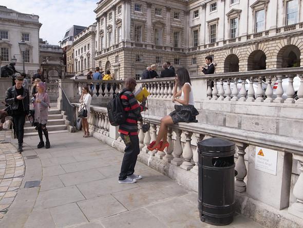 London Fashion Week: Репортаж с первого дня. Изображение № 5.