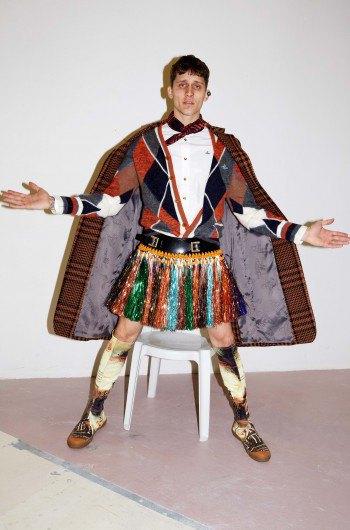 Звезда «Игры престолов» снялась в рекламе Vivienne Westwood. Изображение № 11.