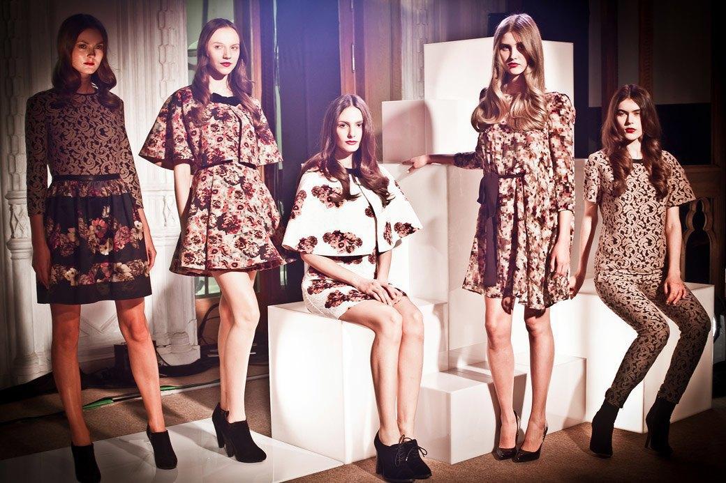 Репортаж: Бархатные платья  и светящиеся кубы на LUBLU Kira Plastinina FW 2013. Изображение № 24.