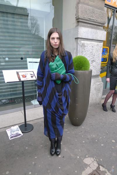 Изображение 6. Milan Fashion Week: день четвертый – луки.. Изображение № 7.