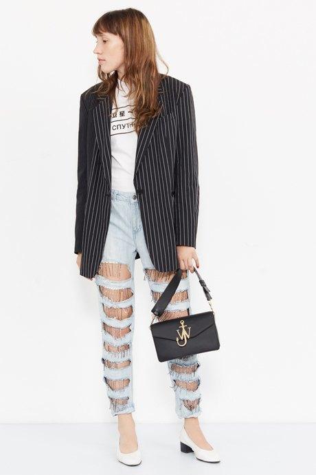 Младший редактор Vogue Олеся Седова о любимых нарядах. Изображение № 14.