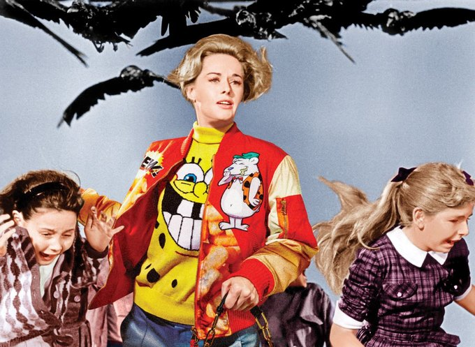 Типпи Хедрен в «Птицах». На ней свитер и бомбер Moschino. Изображение № 8.