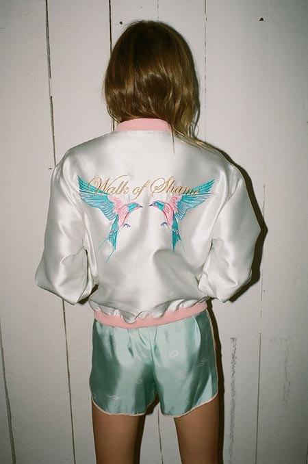 Пижамы, комбинации и халаты в новой коллекции Walk of Shame. Изображение № 35.