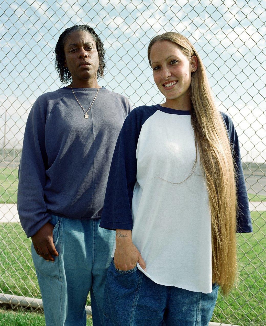 Развлечение девушек в тюрьме фото 350-901
