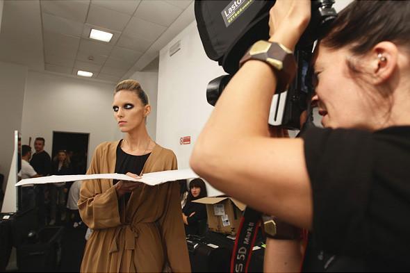 Gucci SS 2012: Репортаж с бэкстейджа. Изображение № 42.