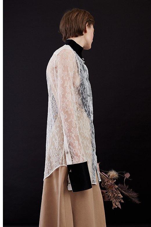 Нежный возраст:  Блузы и рубашки  с высоким воротом. Изображение № 11.