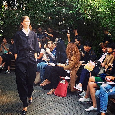 Главные показы  второго дня  Paris Fashion Week. Изображение № 2.