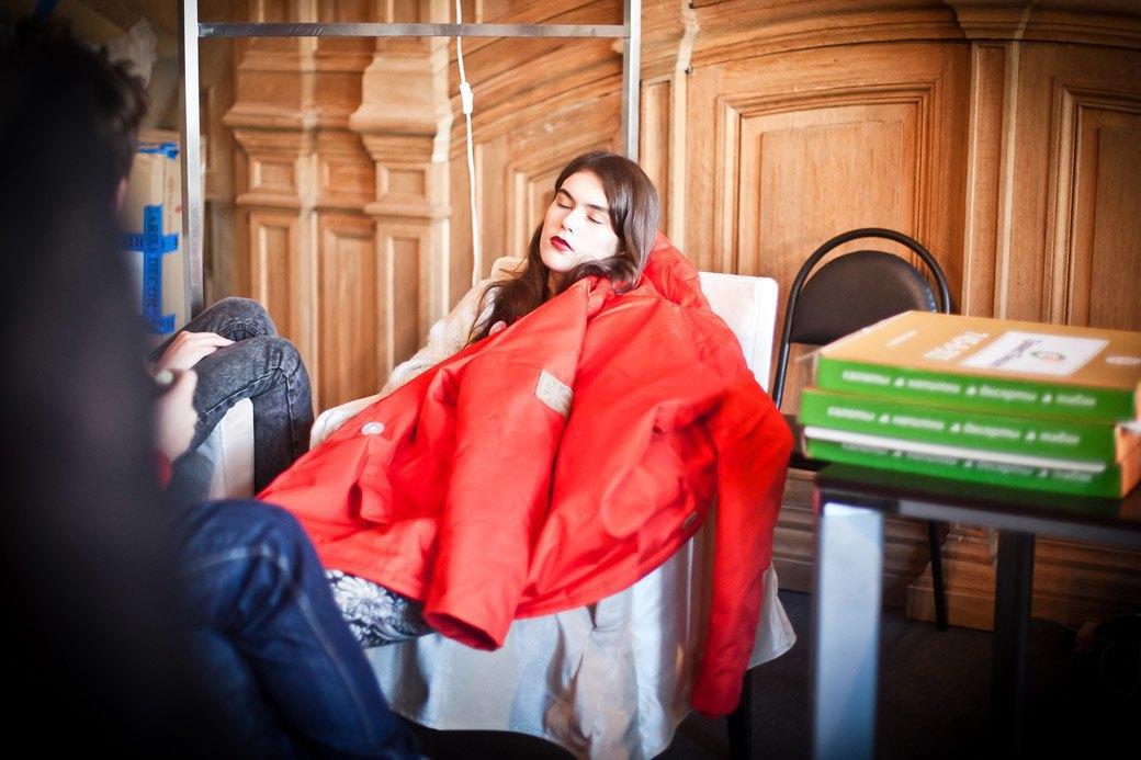 Репортаж: Бархатные платья  и светящиеся кубы на LUBLU Kira Plastinina FW 2013. Изображение № 7.