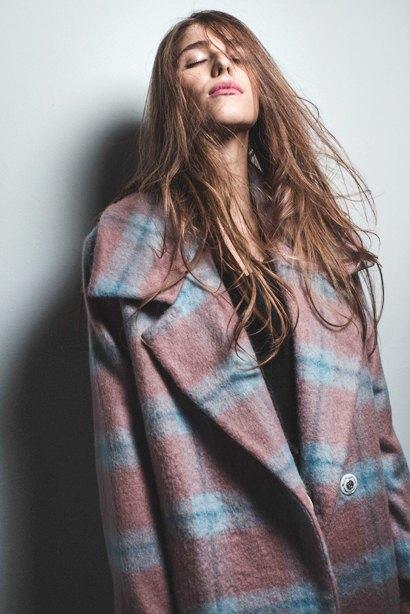 outlaw moscow: Яркие пальто, вдохновленные картинами Рериха. Изображение № 5.