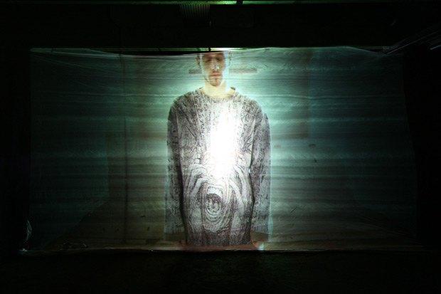 Дизайнер Камилла Кунц:  Мужская одежда, силикон  и мраморный принт. Изображение № 9.