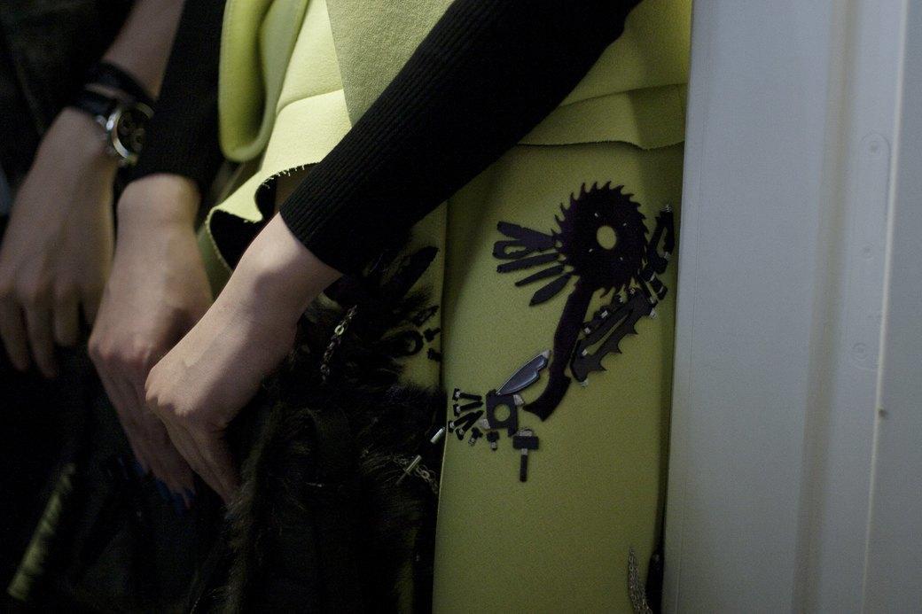 Paris Fashion Week FW 14: Бэкстейдж показа Kenzo. Изображение № 5.