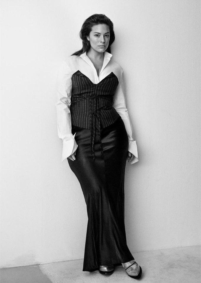 Плюс-сайз-модель Эшли Грэхэм стала лицом коллекции H&M Studio. Изображение № 4.