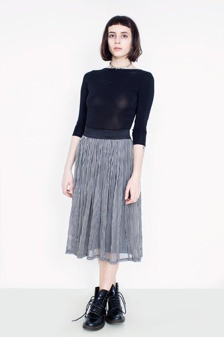 Мартинсы и юбка