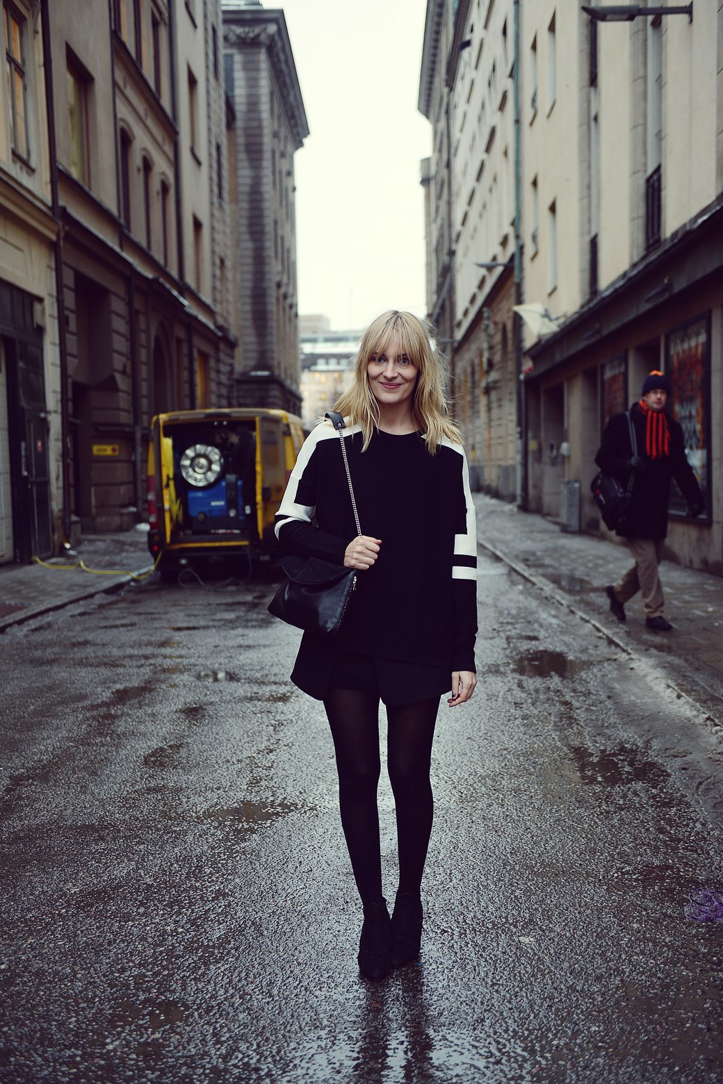 Шубы и горох на Stockholm Fashion Week. Изображение № 3.
