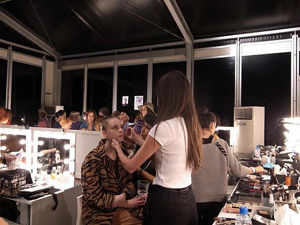 London Fashion Week: Бэкстейдж Danielle Scutt. Изображение № 11.