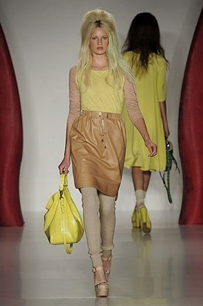 London Fashion Week: Jonathan Saunders и Mulberry. Изображение № 12.
