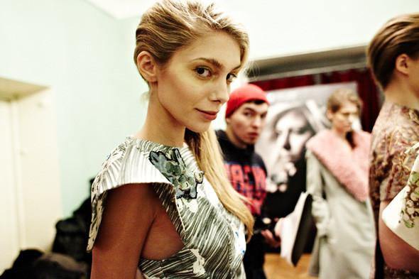 Репортаж: Показ Vika Gazinskaya FW 2012. Изображение № 16.