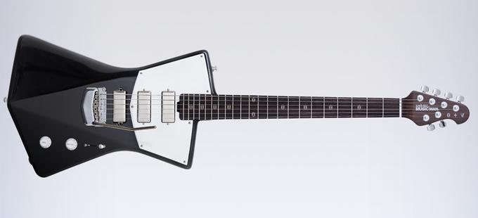 St. Vincent разработала дизайн гитары, удобной  для женской груди. Изображение № 2.