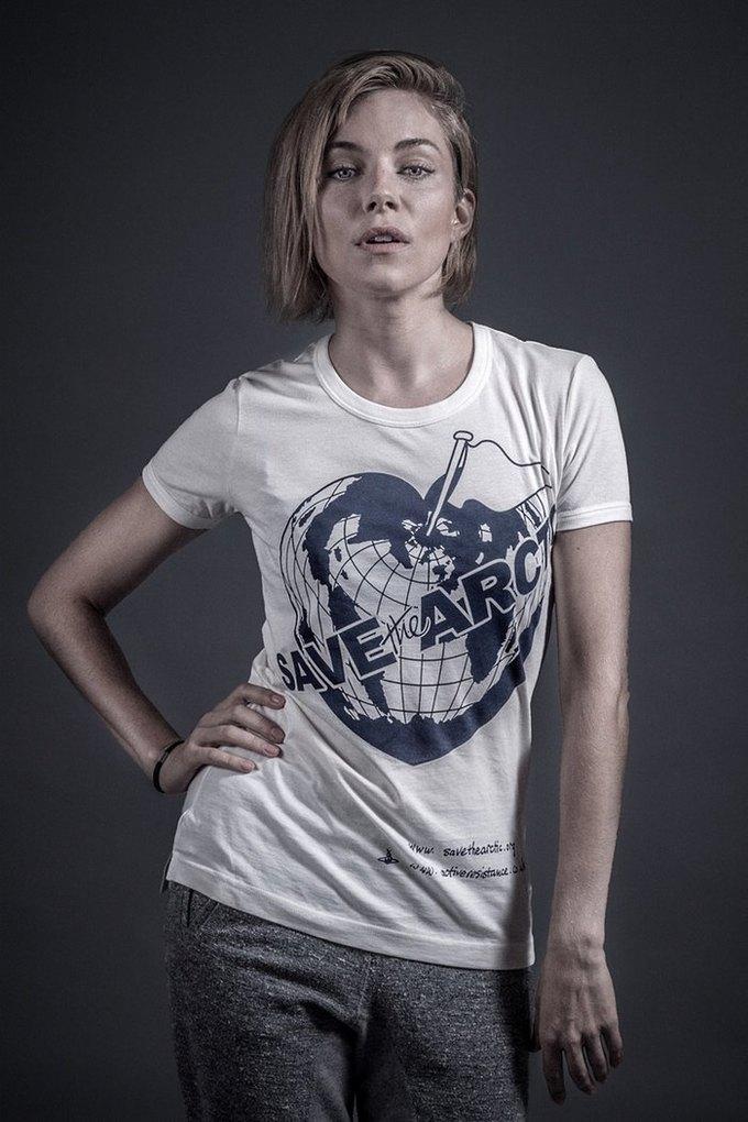 Сиенна Миллер. Изображение № 14.
