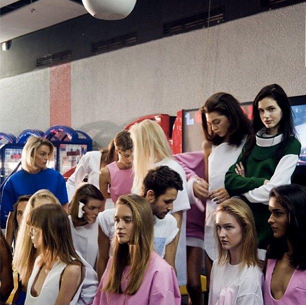 Главные показы  первого дня Paris Fashion Week. Изображение № 8.