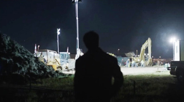 Эпизод 2. Репортер выясняет, что ночью на кладбище намного интересней, чем днем. Изображение № 27.