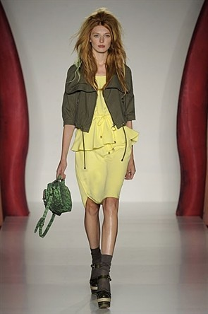 London Fashion Week: Jonathan Saunders и Mulberry. Изображение № 17.