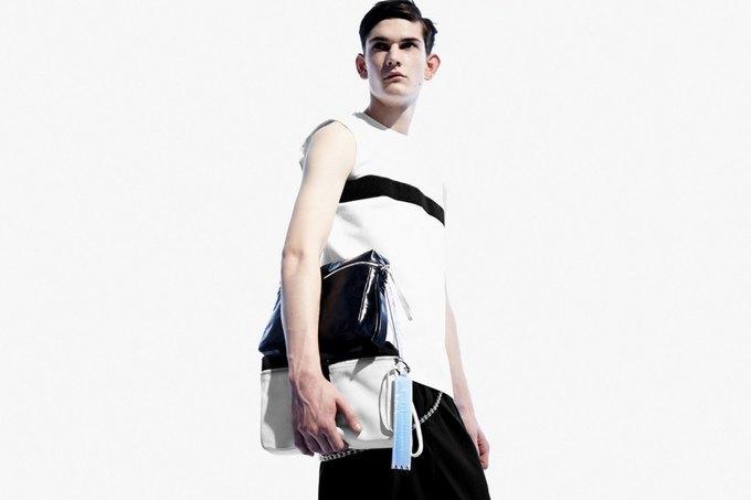Никомеде Талавера, дизайнер,  одевающий парней в платья. Изображение № 8.