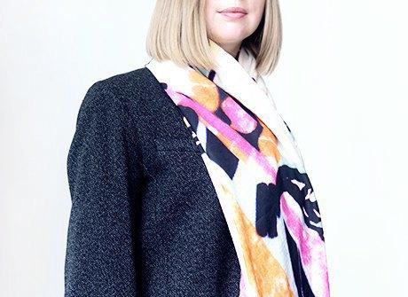 Администратор салона Надежда Шаурина  о любимых нарядах. Изображение № 2.