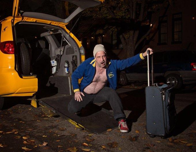 Нью-йоркские таксисты выпустили новогодний календарь. Изображение № 5.