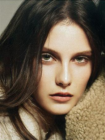 Новые лица: Шарлотта Виггинс. Изображение № 32.